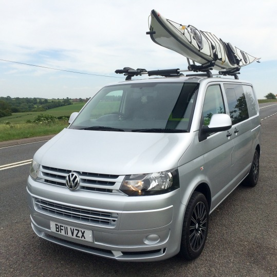The standard Thule bars with Hull-a Port- Pro carrying system...