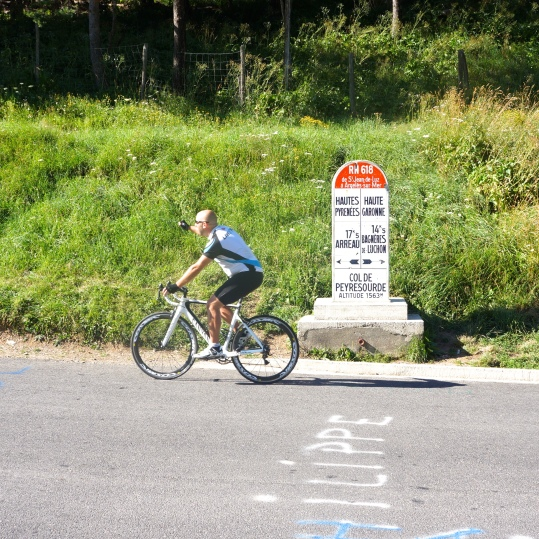 Feeling good at the Col de Peyresourde...